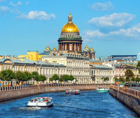 В Санкт-Петербурге открыли туристический сезон